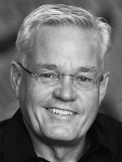 speaker_bill_hybels_470x705